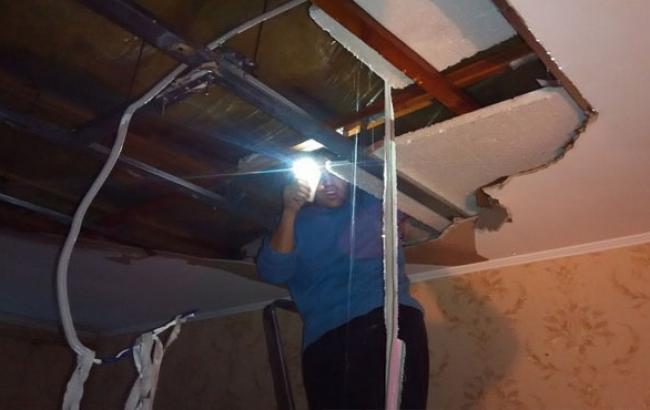 Фото: Наслідки шторму у будинку №64а (dumskaya.net)