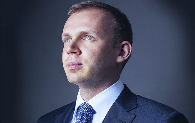Суд заарештував квартиру і земельні ділянки Курченко