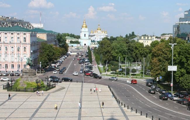 Фото: обмеження руху в центрі Києва