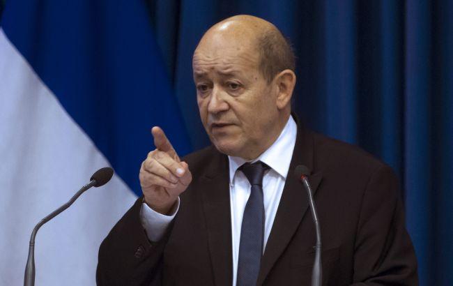 Фото: министр обороны Франции Жан-Ив Ле Дриан