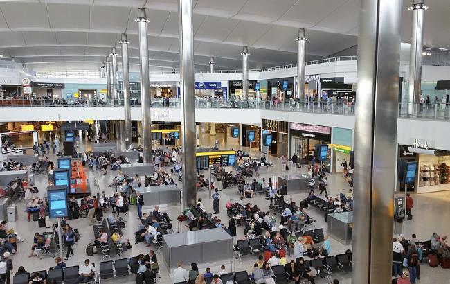 Пассажиры терминала аэропорта Хитроу эвакуированы из-за пожарной тревоги