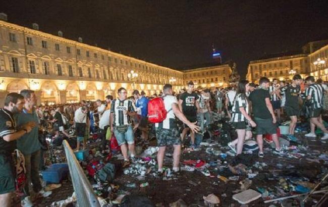 Кількість постраждалих через тисняву на фіналі Ліги чемпіонів у Турині перевищила 1 тис. чоловік