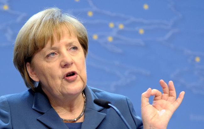 Фото: Меркель заявила про готовність ЄС до більшої відповідальності