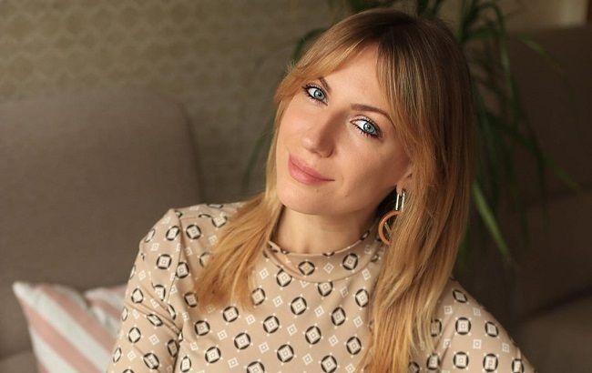 Длинноногая Леся Никитюк продемонстрировала смелый модный эксперимент