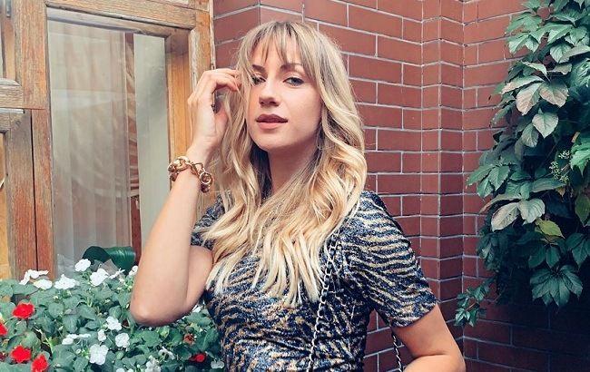 """Леся Никитюк прикрылась одним только листом и заинтриговала """"возвращением"""" в Танцы со звездами"""