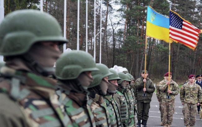 Два сенатора-демократа поддержали предоставление Украине летального оружия