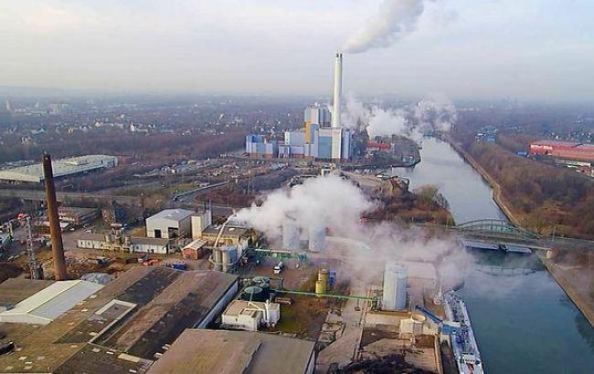 Фото: через витік токсичної речовини в Німеччині в лікарню звернулися близько 150 осіб