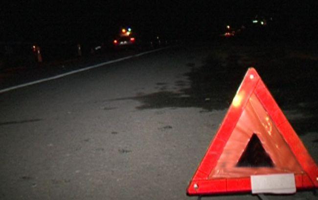 """Фото: после удара водитель """"протянул"""" пешехода еще около десяти метров по дороге"""