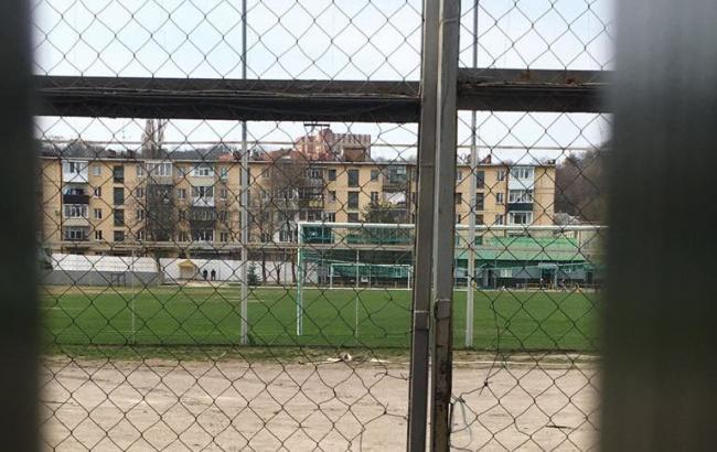 """Фото: сейчас газон """"Локомотива"""" выглядит не настолько ужасно"""