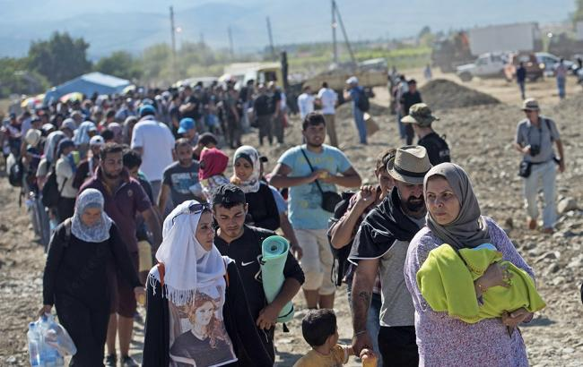 Фото: мігранти в Європі