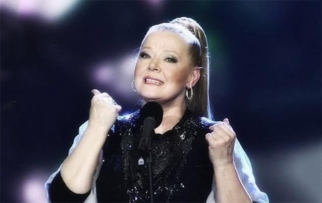 Померла російська співачка Сенчина