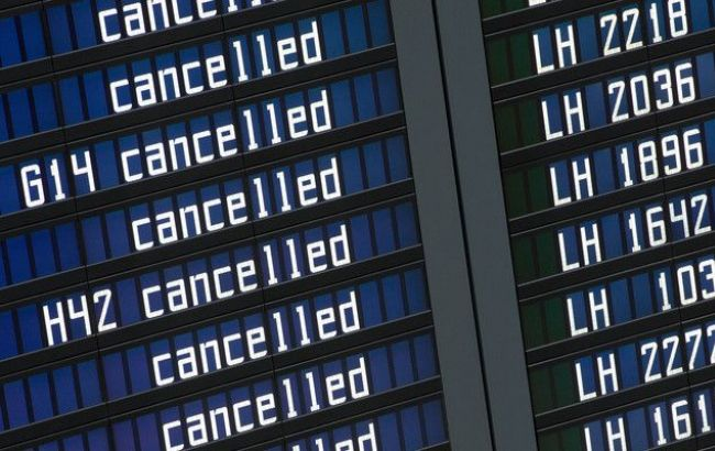 Фото: авиасообщение между Украиной и РФ прекращается