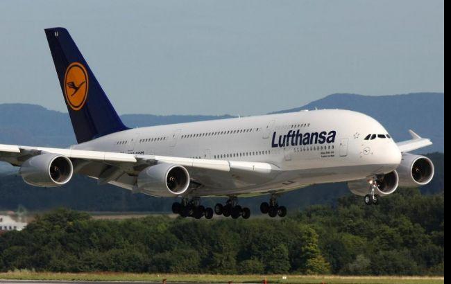 Бортпровідники Lufthansa анонсували новий страйк
