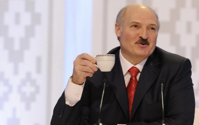 """Лукашенко о новых правилах торговли между Украиной, ЕС  и РФ: """"Мы опять оказались между молотом и наковальней"""" - Цензор.НЕТ 9422"""