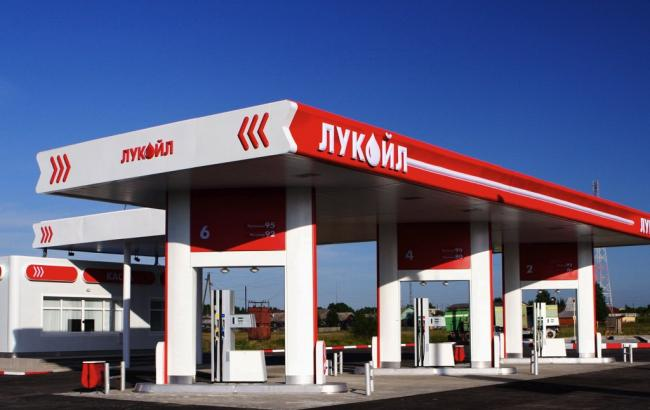 "Фото: АМКУ оштрафовал ""Лукойл Авиэйшн Украина"" почти на 19 млн грн"