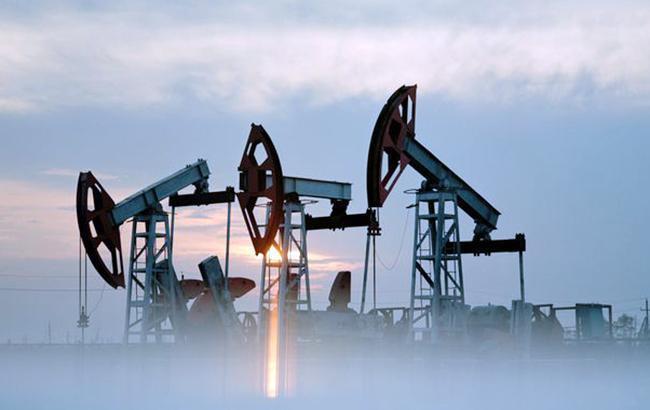Ціна нафти Brent опустилася нижче 77 доларів за барель
