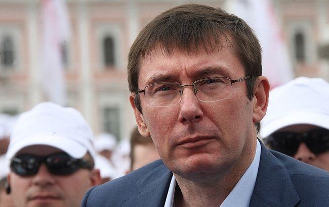 Рада коаліції ще не прийняв рішення про відставку Шевченка, - Луценко
