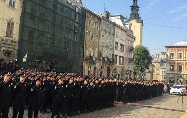 Фото: во Львове появилась патрульная полиция