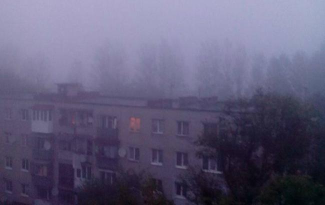 Фото: густий дим затягнув кілька районів Львова (Portal.lviv.ua)