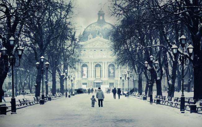 Фото: Зима у Львові (mistlel.deviantart.com)