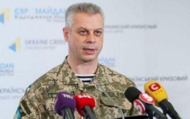 В зоні АТО за добу загинув один військовий, ще 12 поранені