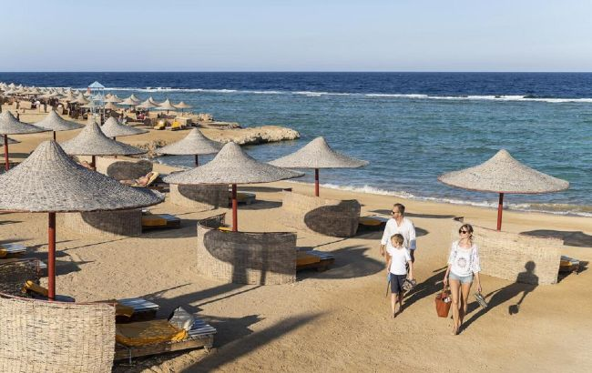 Только море и песок: новый курорт Египта привлекает туристов необычным отдыхом