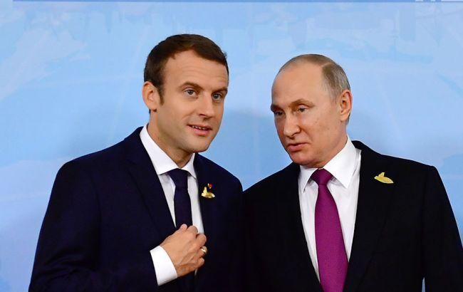 Макрон і Путін обговорили війну на Донбасі