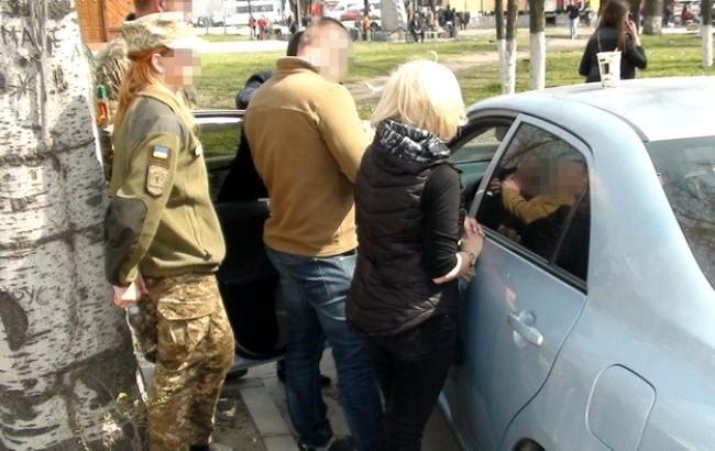Фото: задержание злоумышленника (пресс-служба СБУ)