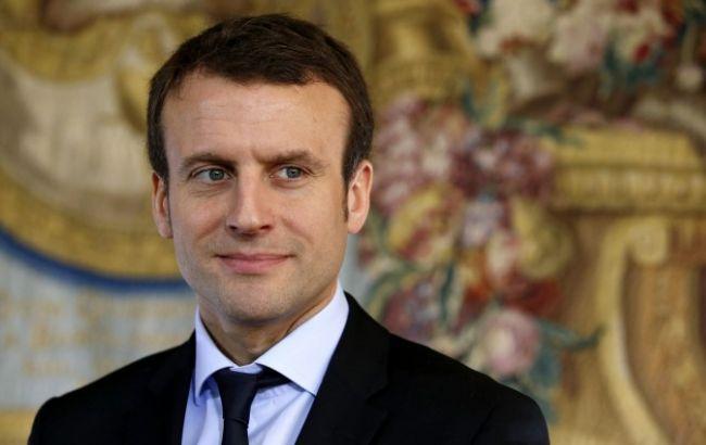 Вибори у Франції: підраховано майже всі голоси, лідирує Макрон