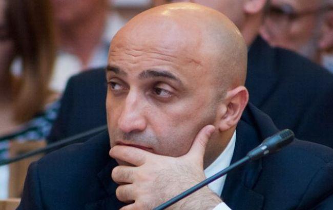 Украинская генпрокуратура обвинила вгосизмене 11 крымских экс-депутатов
