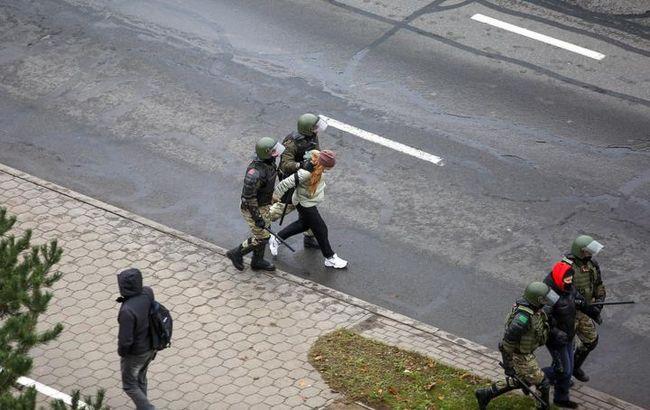 Кількість затриманих на протестах у Білорусі перевищила 500