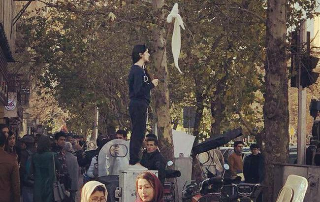 Фото: протесты в Иране (MaryamNamazie twitter)