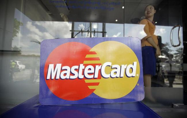 "Фото: платежная система ""МастерКард"" (Cruxialcio.com)"