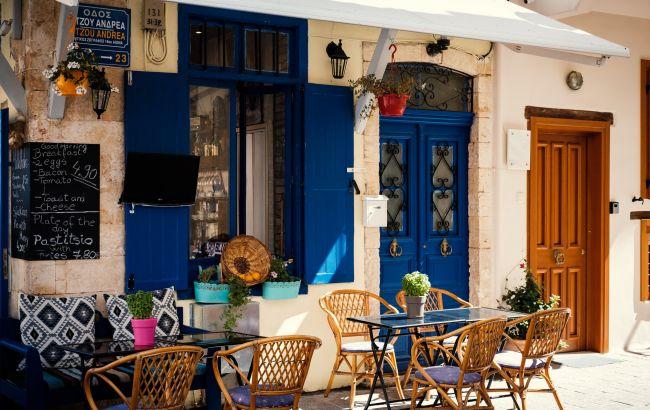 Ажиотаж на путевки и рекордные турпотоки: сколько стоят туры в Грецию на пике популярности страны в августе