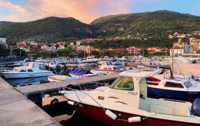 COVID из-за туристов: путешественникам раскрыли важные детали об отдыхе в Черногории летом