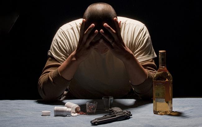 Упрекнул за алкоголь: во Львовской области отец убил сына