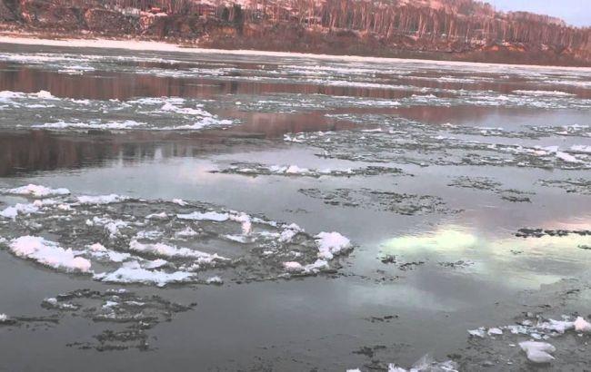 Фото: шуга на Кременчуцькому водосховищі