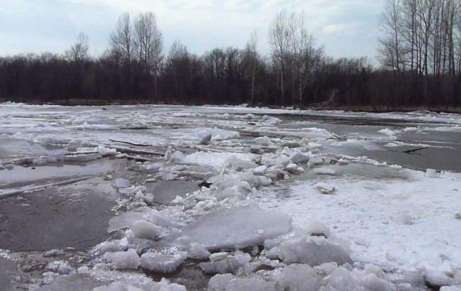 Фото: на западе Украины ожидается подъем уровня воды в реках