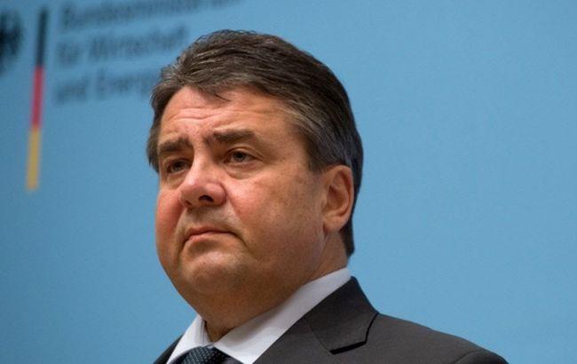 Германия должна больше учитывать интересы малых стран-членов ЕС,— Габриэль