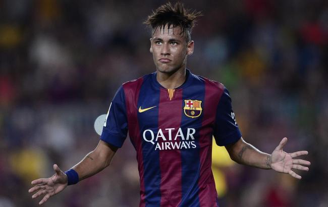 Футболист «Барселоны» Неймар проинформировал партнерам обуходе вПСЖ