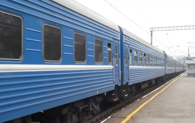 Фото: у Білгород-Дністровському потяг збив чоловіка