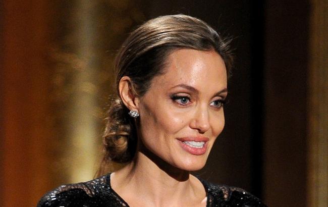 Оскар 2018: Анджелина Джоли проигнорировала главную ... анджелина джоли 2018