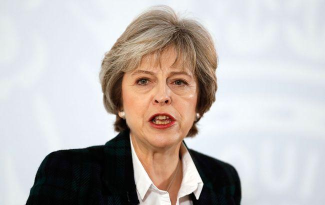 Тереза Мэй требует создать  введение рабочих виз для жителей  европейского союза