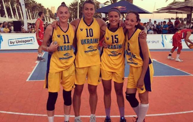 Фото: у фіналі українки перемогли команду з Литви (fbu.ua)