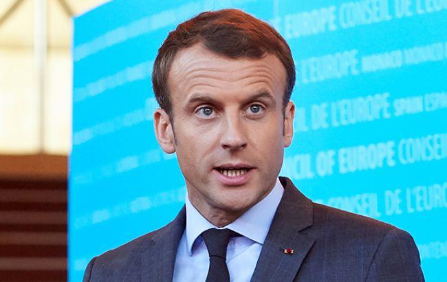 Макрон: УФранції більше небуде самовільних таборів для біженців
