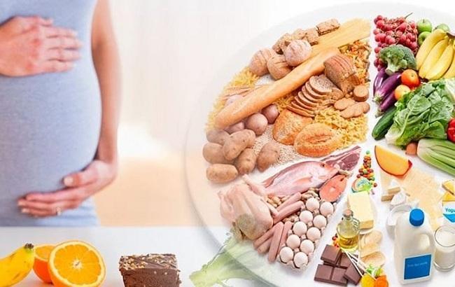 Диетолог Светлана Фус поделилась советами по питанию для беременных
