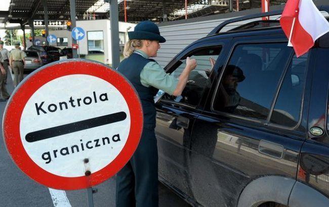Фото: на границе с Польшей возникла очередь