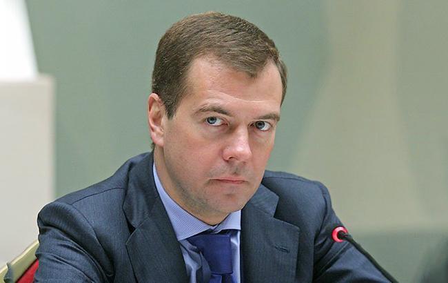 Фото: премьер-министр РФ Дмитрий Медведев (mon.gov.ru)