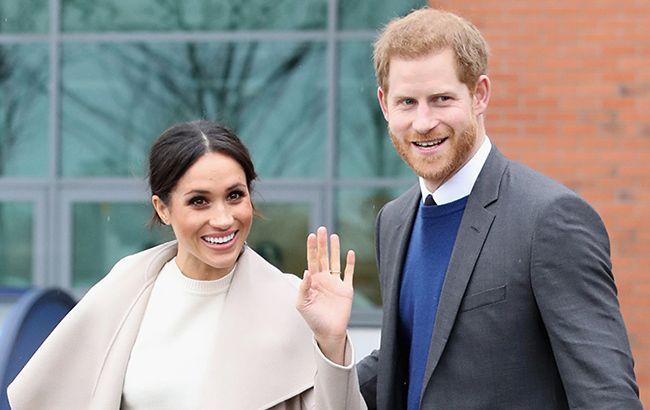 Букингемский дворец отменит королевские титулы принца Гарри и его жены