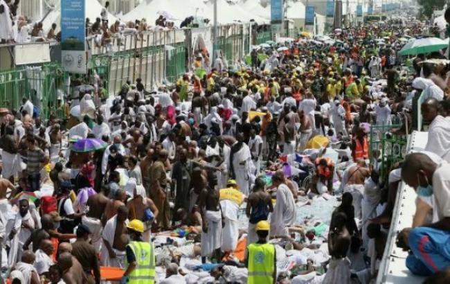 Тиснява в Мецці: король Саудівської Аравії перегляне заходи безпеки на хаджі